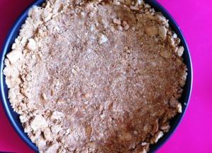 Massa de biscoito de maizena para torta de amora