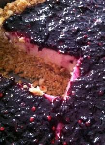 Torta de amora cortada