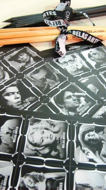 Adesivos vendidos na Loja do Cinema Belas Artes