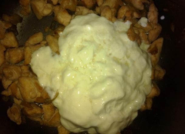 Creme de leite no frango para fazer estrogonofe