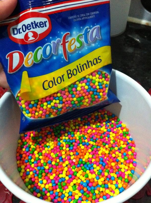 Granulado colorido para confeitar