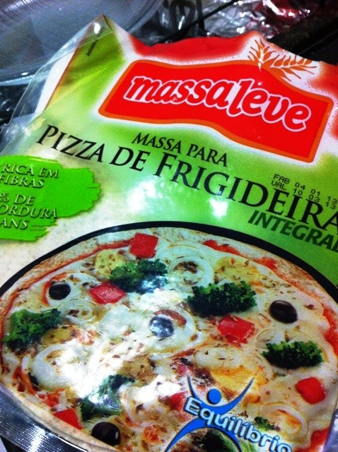 Massa para pizza de frigideira