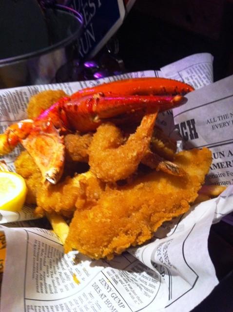 Peixe, camarão e lagosta