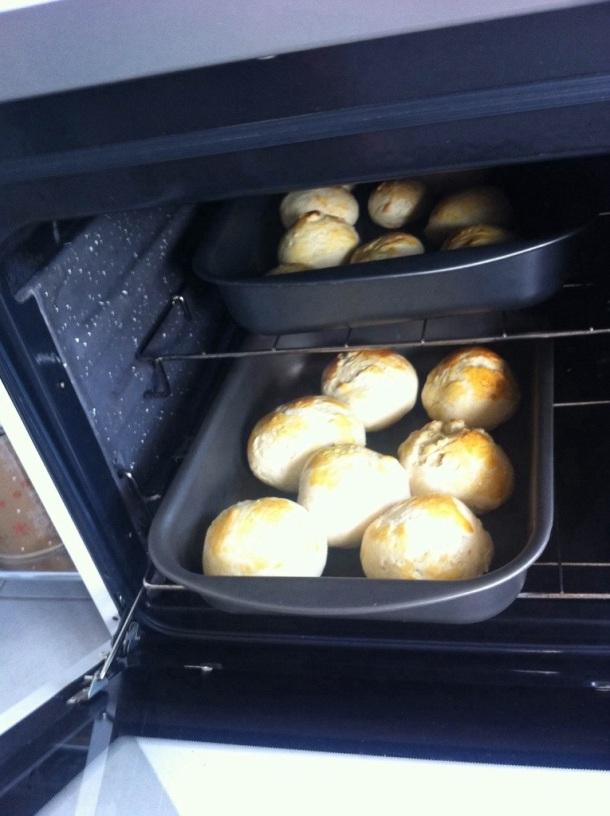 Pão de cebola no forno
